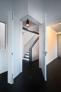 Cascade House, corner door open