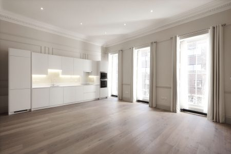 Chandos Street, living and kitchen area