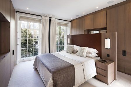 Knightsbridge House, master bedroom