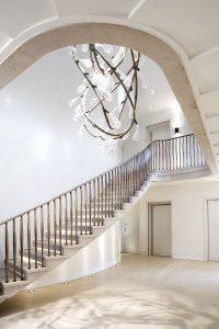 Grove Residence, double storey high entrance hall