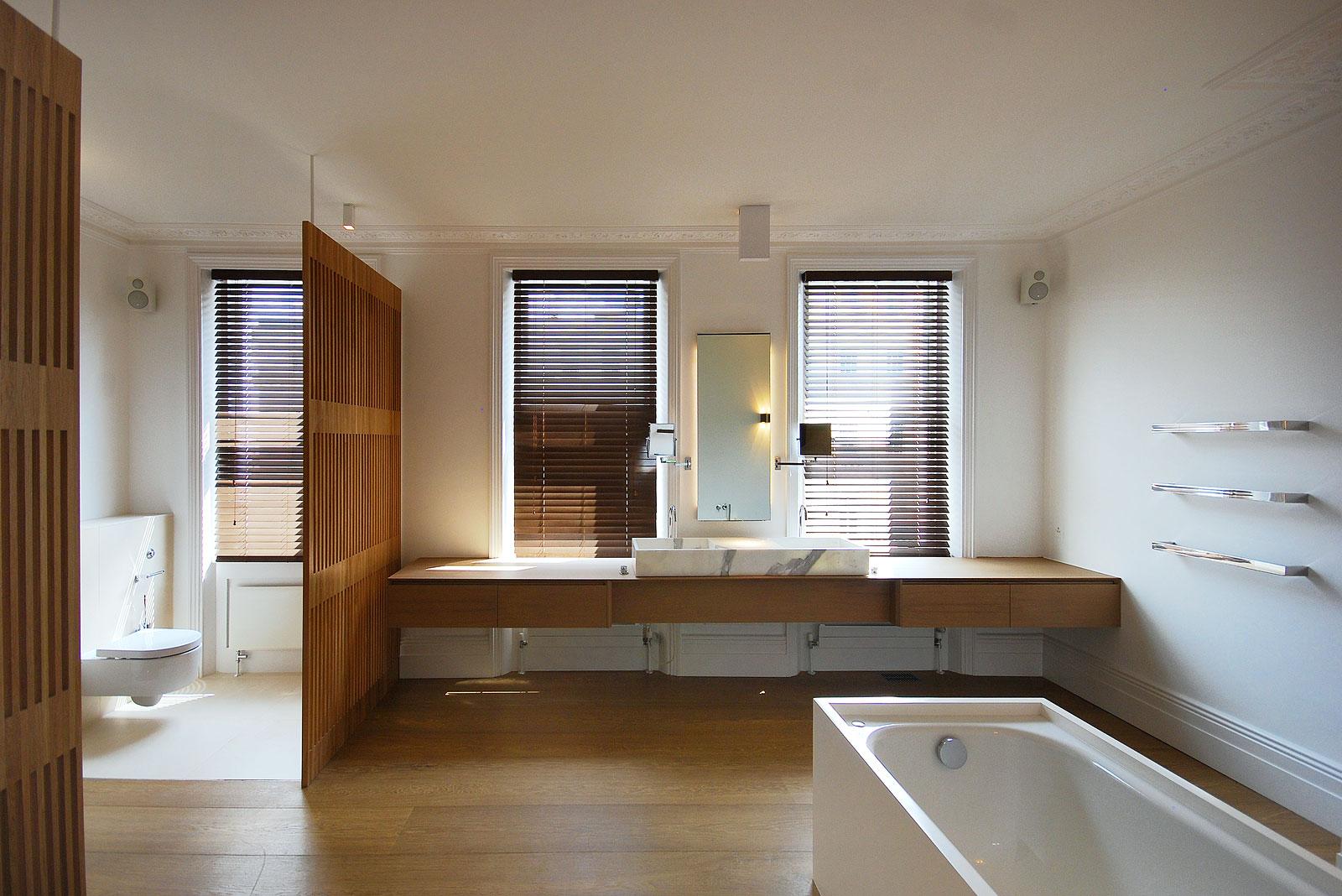 Park House, Master bathroom