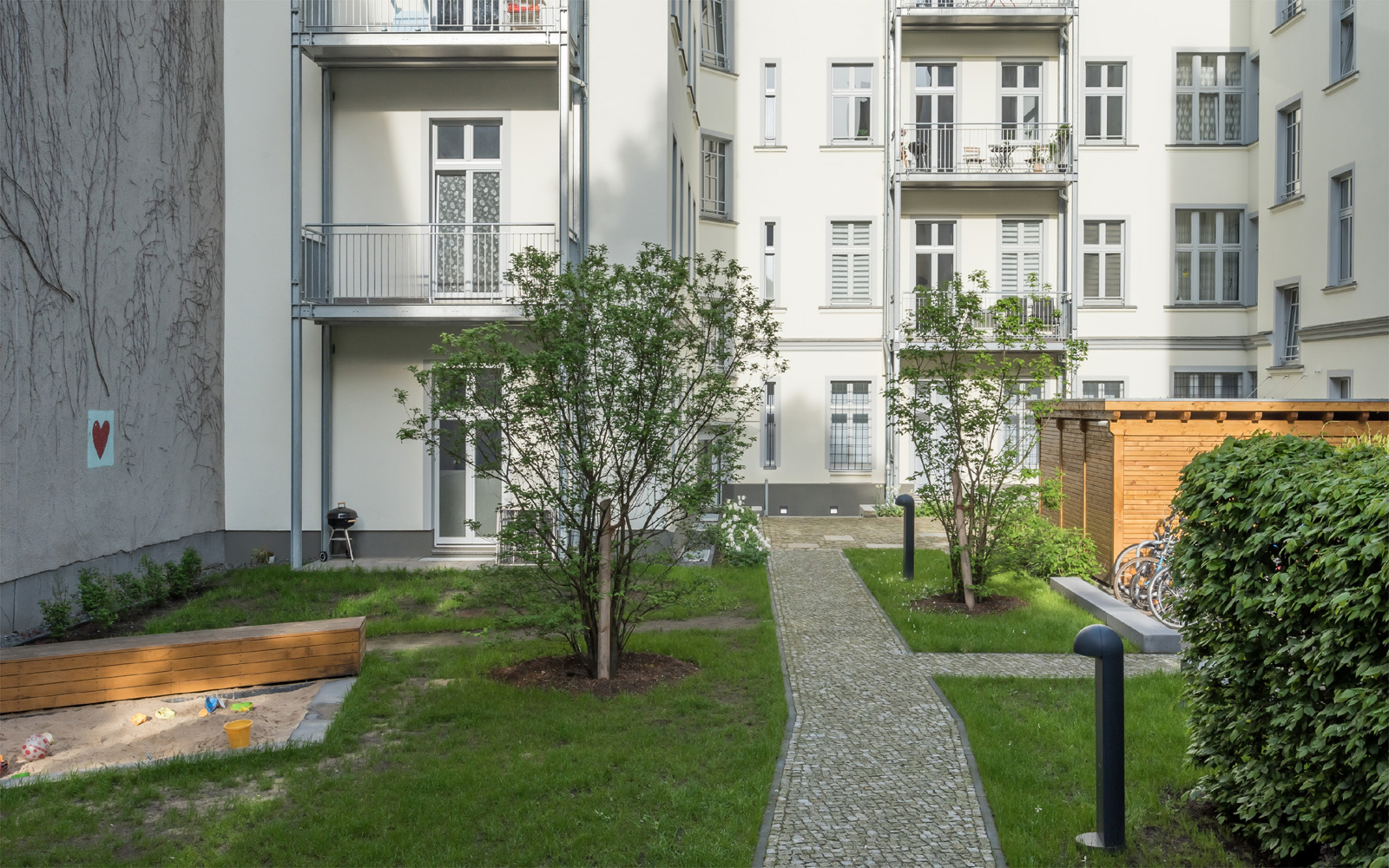 Refurbishment Berlin apartments, new courtyard at Oudernarder Str 29, Berlin