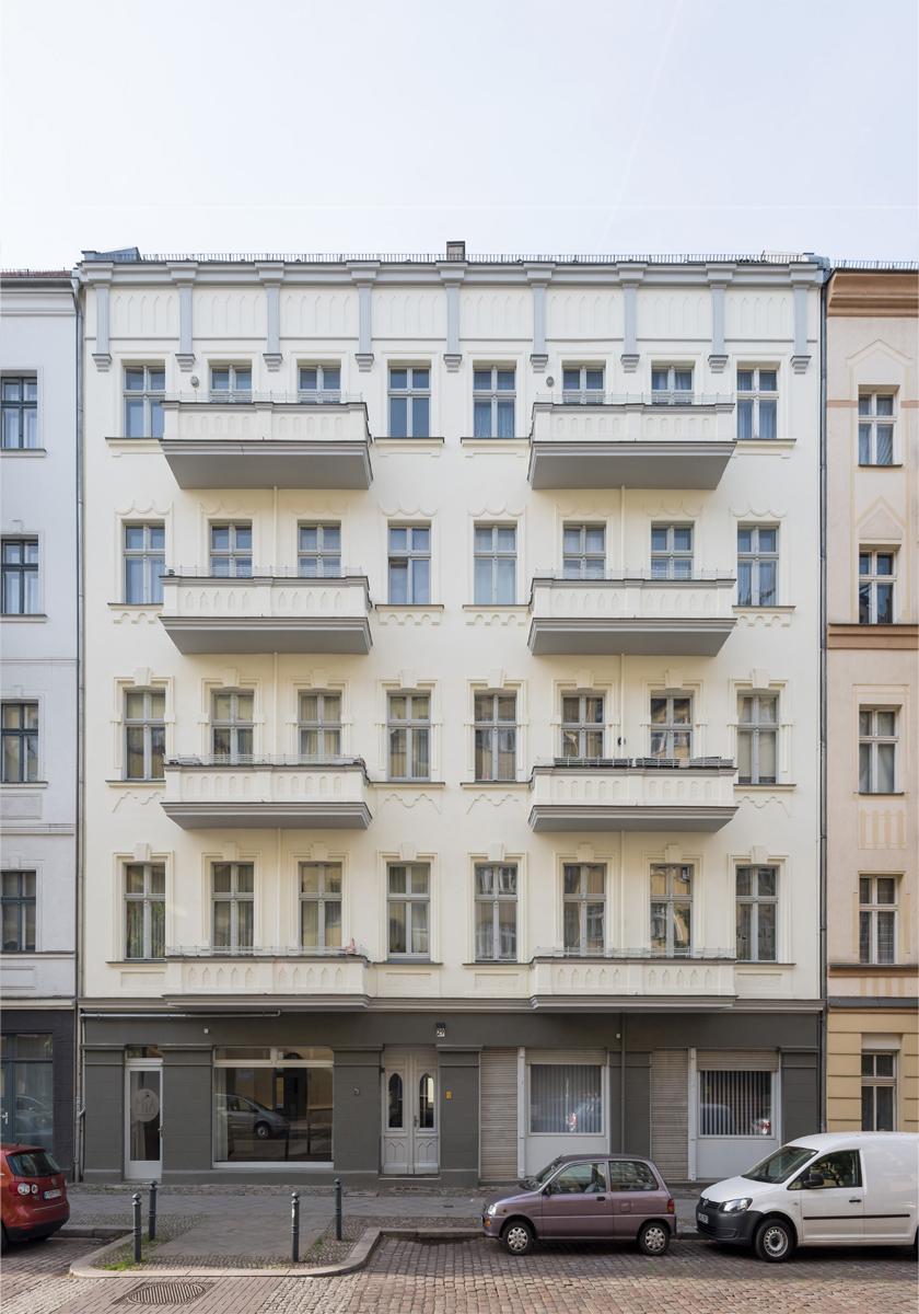 Refurbishment Berlin apartments New facade of Oudernarder Str 29, Berlin