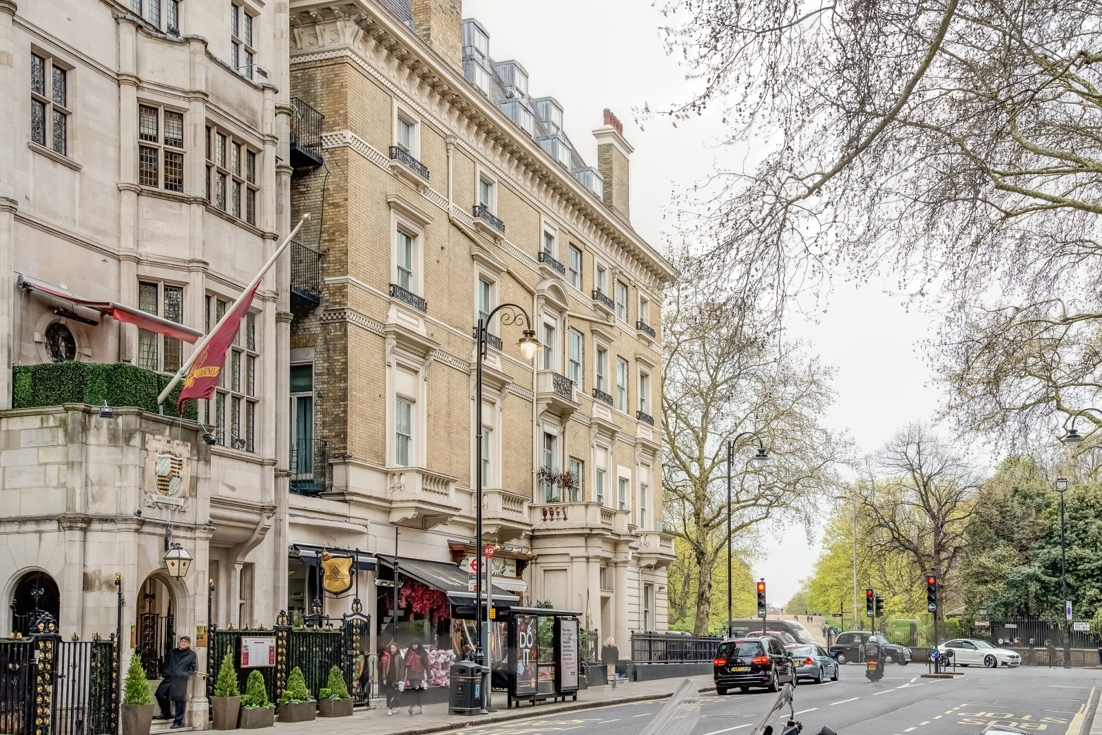 Kensington Gardens Apartment, exterior view
