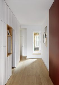 Kensington Gardens Apartment, corridor