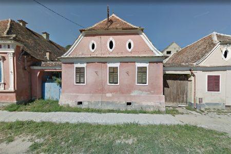 Transylvanian farmhouse, street facade