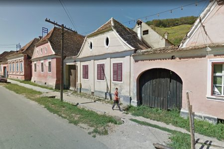 Street view of houses in Biertan