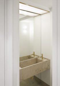 Perrins Court office, bathroom detail