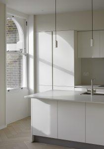 The Bird in Hand Hampstead: apartment kitchen