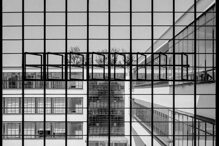 Architektur in einer post-pandemischen Welt: Bauhausfassade