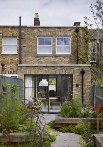Wandsworth Cottage: garden