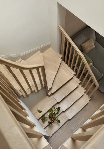 Wandsworth Cottage: stairs from above