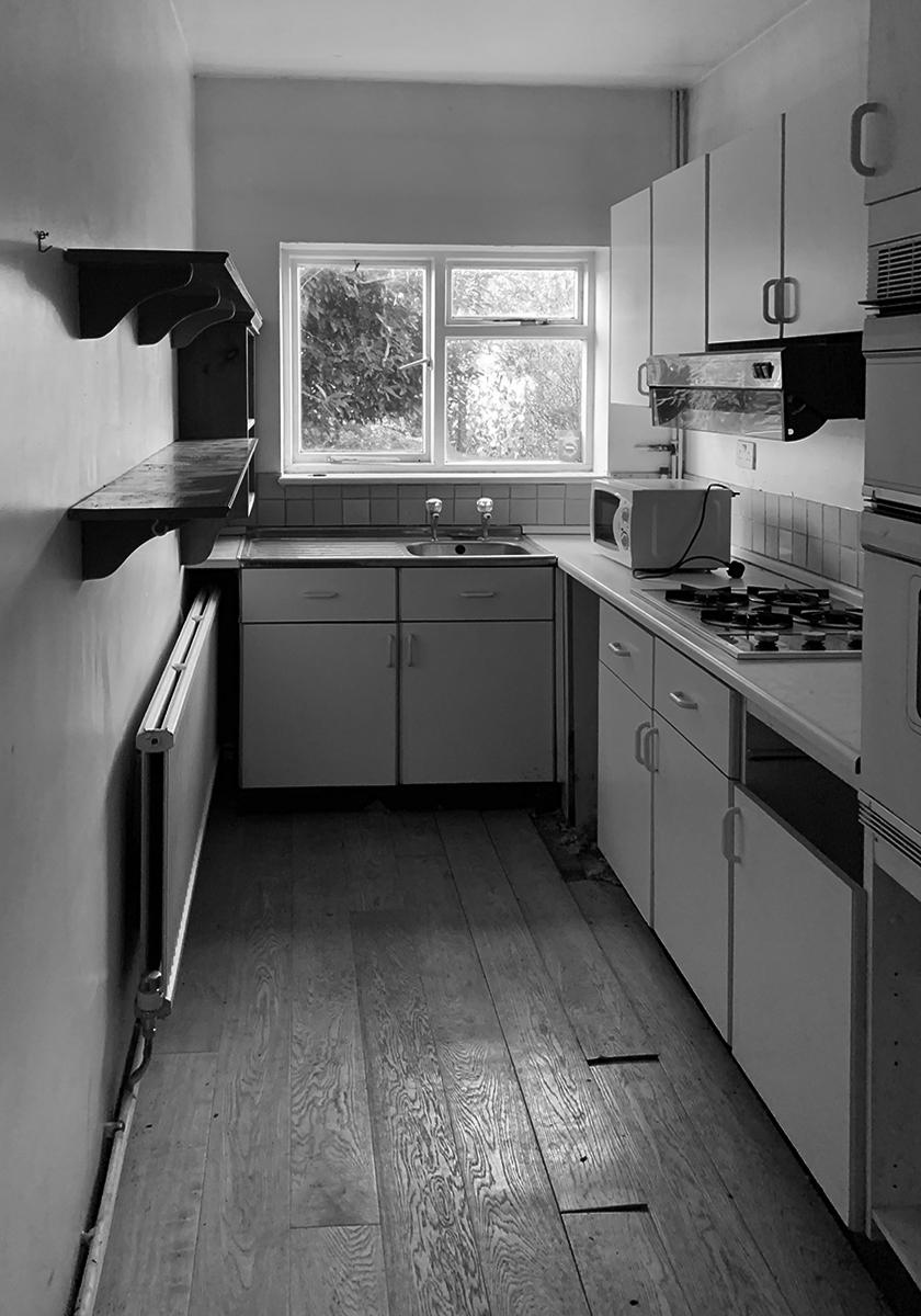 Wandsworth Cottage: original kitchen